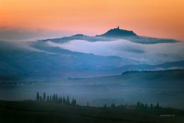 Mgły w Toskanii
