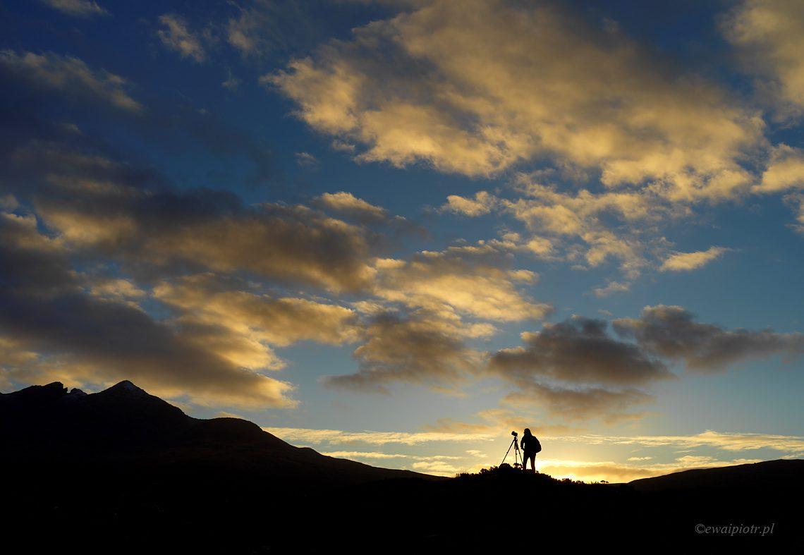 Fotograf o zachodzie słońca, co to jest fotowyprawa