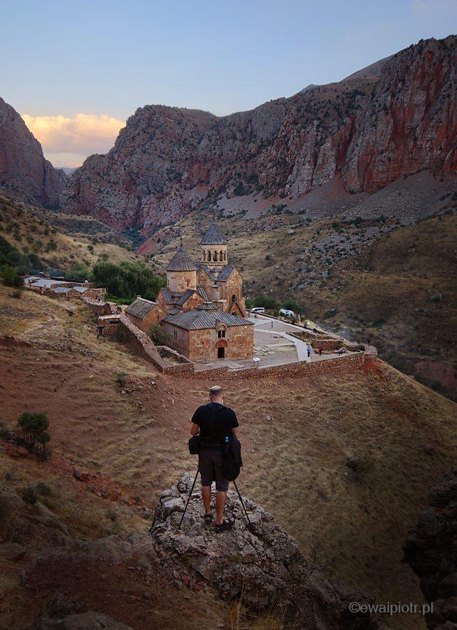 Fotograf i klasztor w Armenii, fotowyprawa pytania