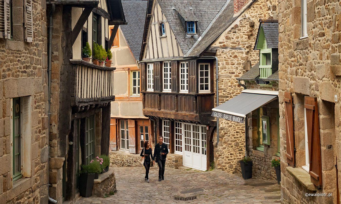 Uliczki Dinan, Bretania fotowyprawa
