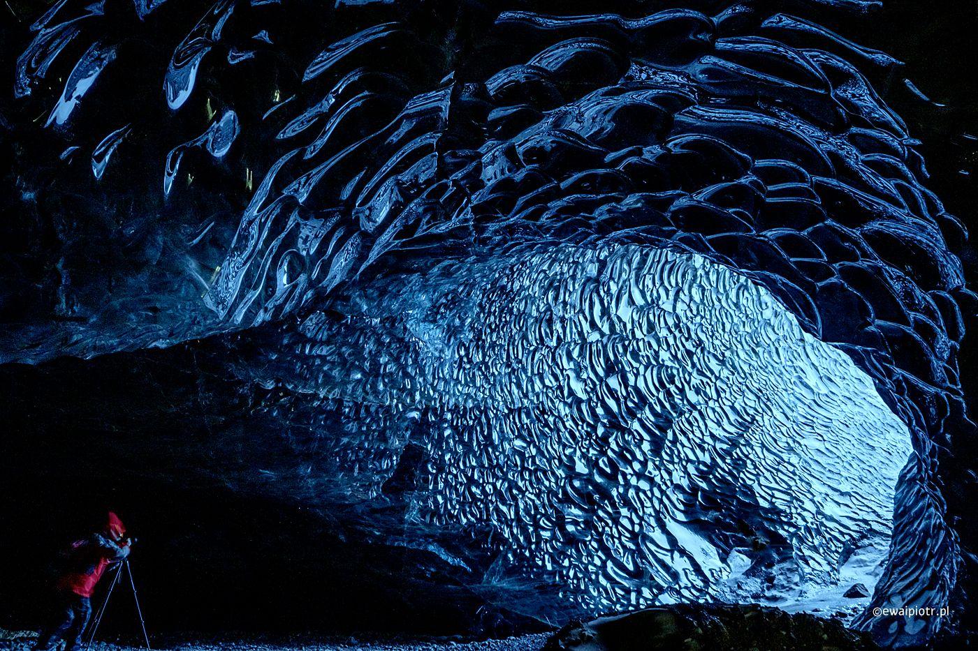 W lodowej jaskini, Islandia, fotowyprawa