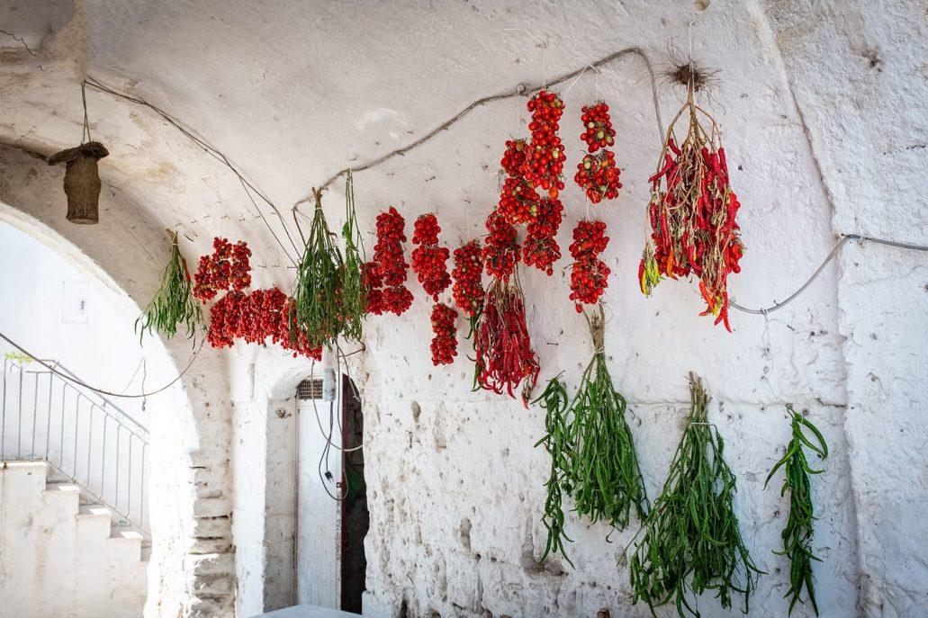 Papryczki i pomidory, tradycyjny dom w Apulii, Włochy, wyprawa foto