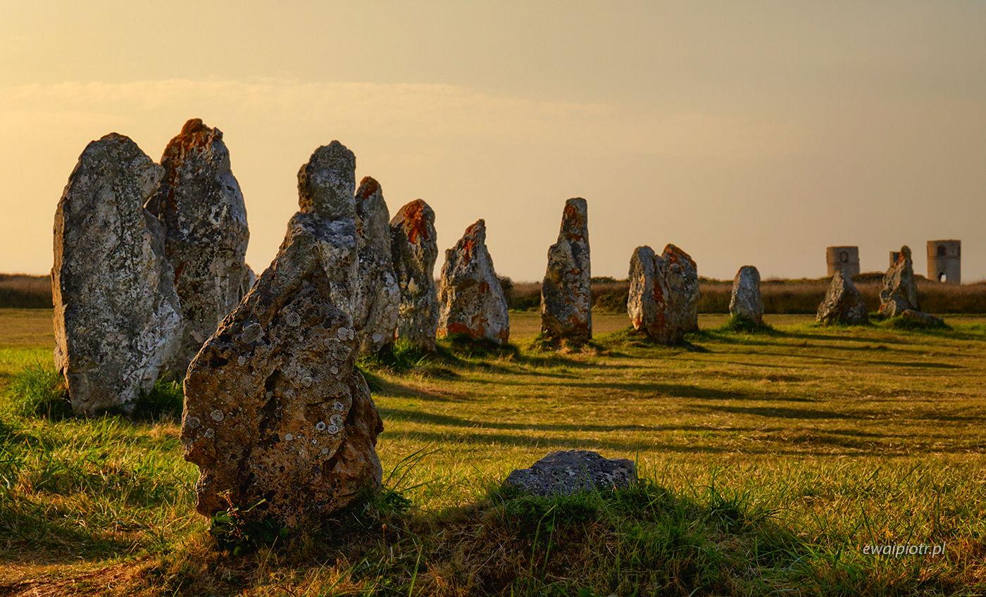 Menhiry w Bretanii, celtowi, druidzi, fotowyprawa