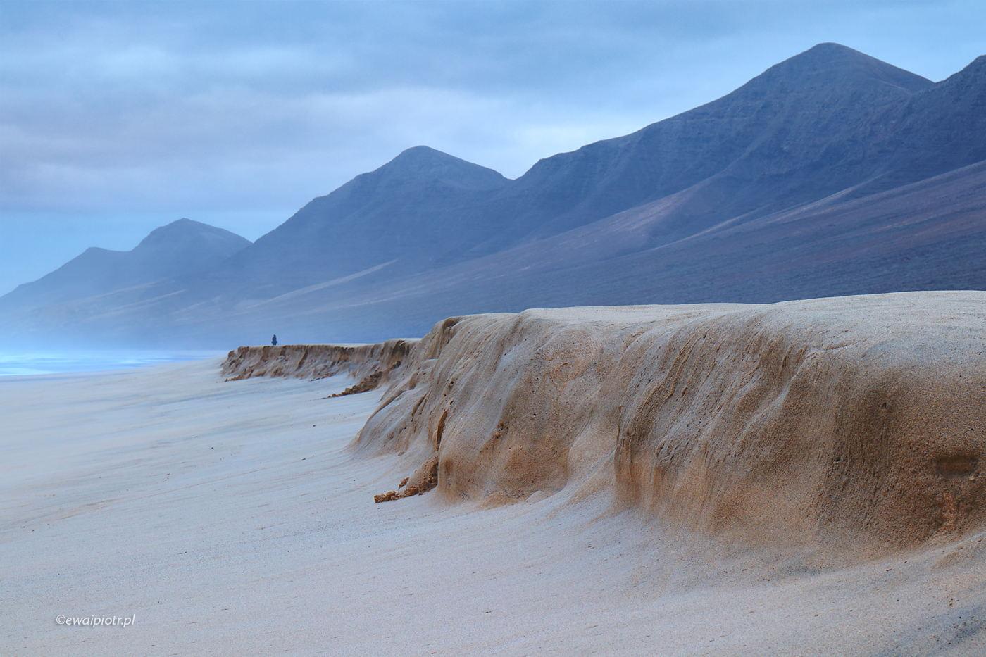 Plaża i góry, Wyspy Kanaryjskie, Fuerteventura, foto wyprawa