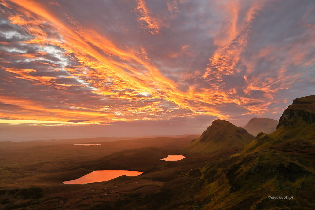 Wschód w górach Quiraing, Szkocja, fotowyprawa