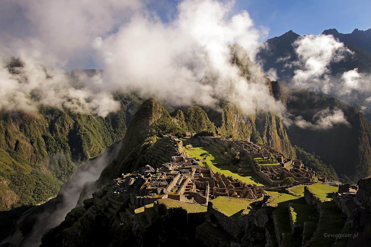 Plagiat czy ćwiczenie - Machu Picchu o świcie
