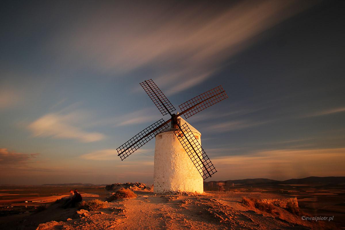 Wiatraki w Andaluzji - Jaki filtr szary