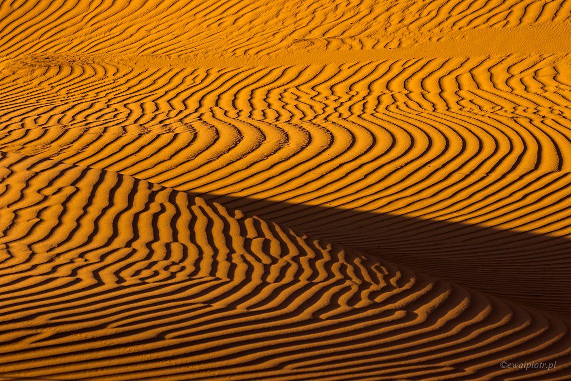 Faktura piasku - jak robić zdjęcia na pustyni
