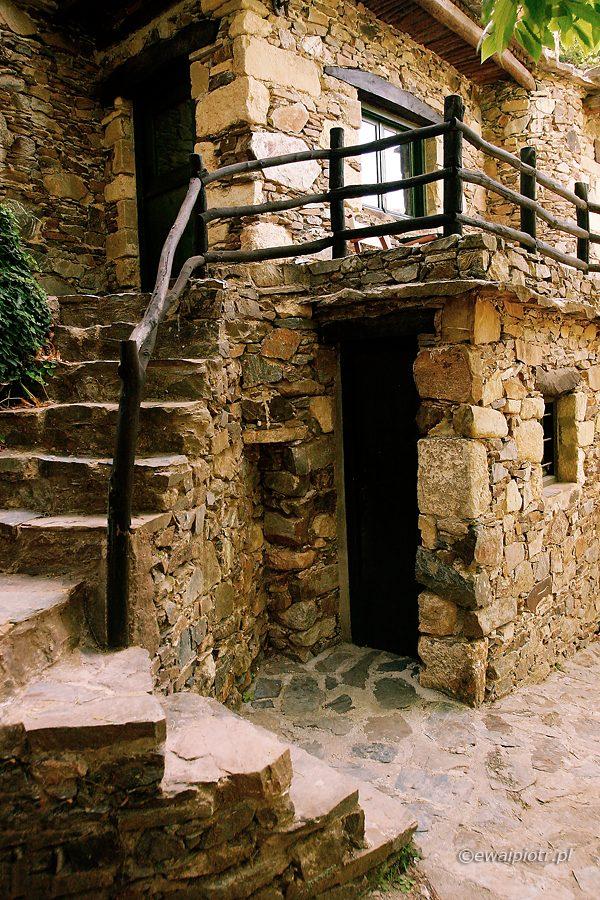 Domy z kamienia, wioska Milia, Kreta