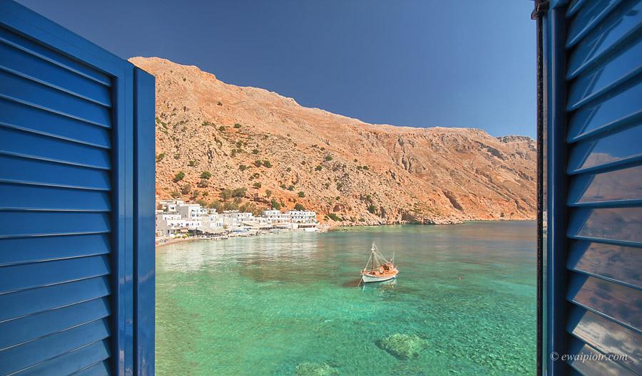 Loutro, białe domki nad zatoką, Kreta dla fotografa