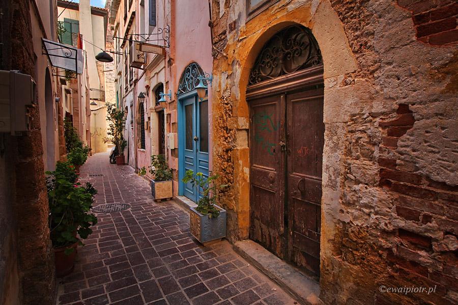 Uliczka w Chanii, Kreta, przewodnik dla fotografa