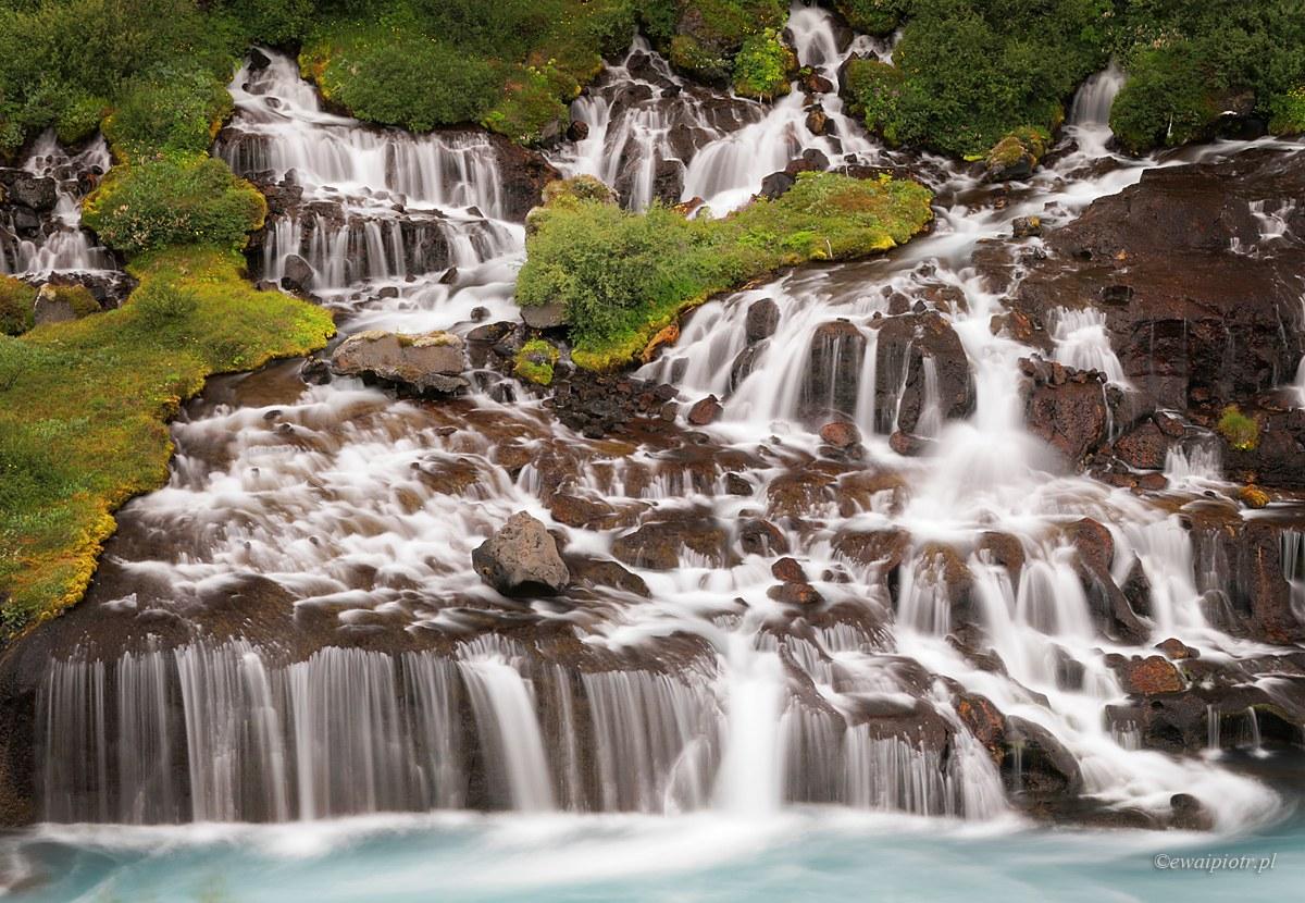 Hraunfossar - fotografowanie na Islandii, przewodnik po wodospadach