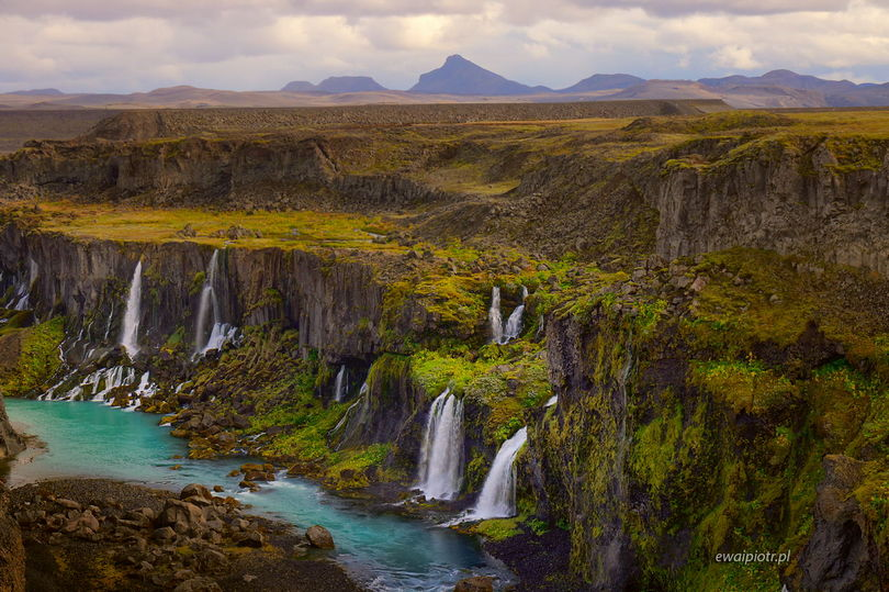 Sigöldugljufur - wodospady w Dolinie Łez, Islandia, najładniejsze wodospady
