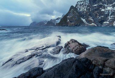 Lofoty, morze, jak fotografować szerokim kątem