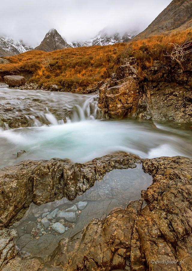 Fairy Pools, strumień wśród skał, Jak fotografować obiektywem szerokokątnym, poradnik fotograficzny