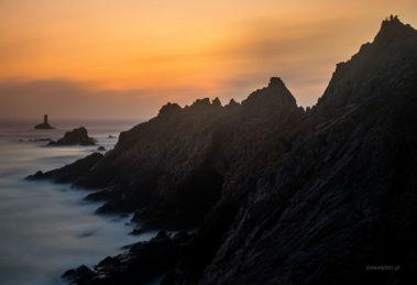 Fotowyprawa do Bretanii, warsztaty fotograficzne, klify o zachodzie słońca