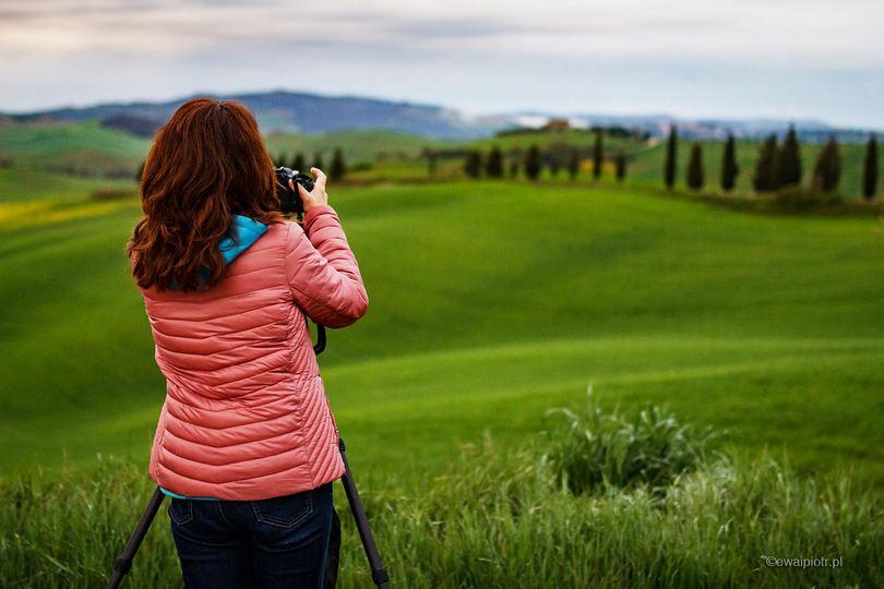 Wyprawa fotograficzna Toskania, kobieta, plener fotograficzny, wyprawa fotograficzna, fotowyprawa