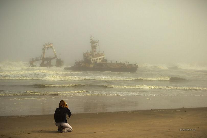 Wybrzeże Szkieletów i wrak statku, Namibia, fotograficzna kraina marzeń, Skeleton Coast
